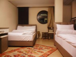 Hotel Kent Ani 12